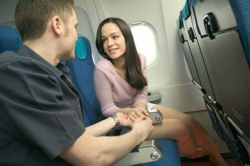 """""""Мы всегда замечаем, когда двое пассажиров заходят в туалет вместе. Это случается не так часто, но все же бывает"""""""
