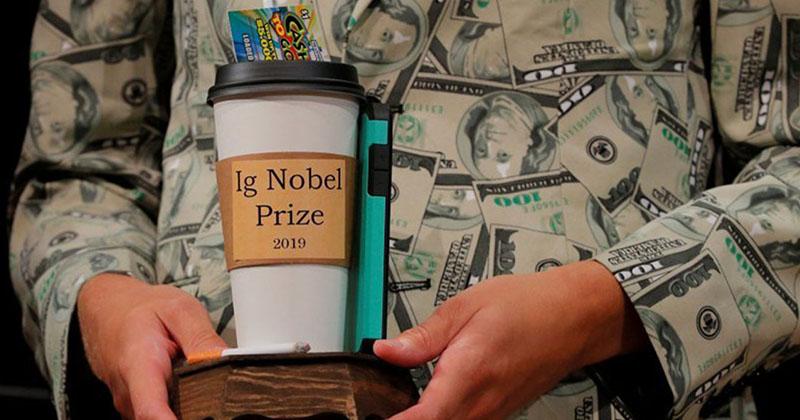Ученые развлекаются, или кому в этом году вручили Шнобелевские премии