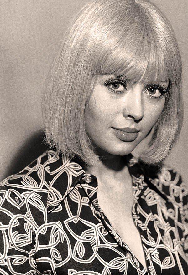 Ирина Азер. Снялась в 31 фильме, но ни одной главной роли так и не получила.