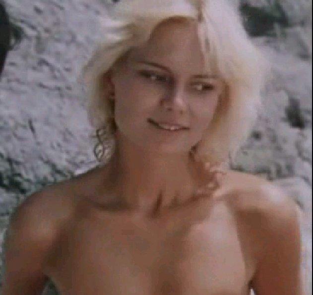 Пилле Пихламяги. Снималась в кино в детских лет, но главных ролей не получала.