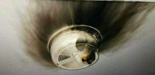 """5. """"Вчера у меня в комнате детектор дыма загорелся"""""""