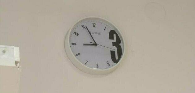 10. Интересные часы