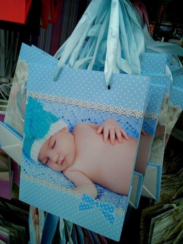 9. Младенец без сосков