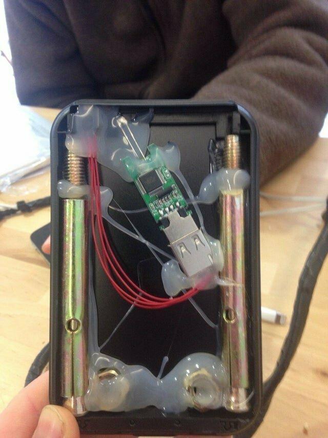 5. Дешевый внешний жесткий диск изнутри
