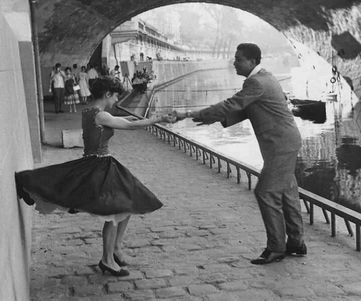 Пол Олмаши 1906-2003гг. Венгерский фотограф. Рок-н-ролл. Париж 1950 год.