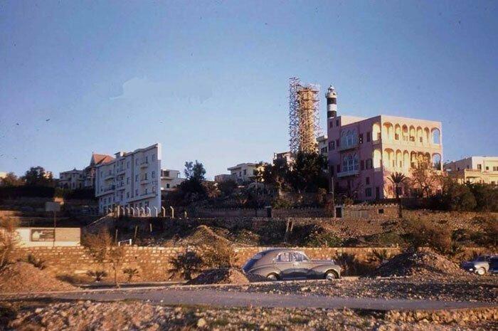 Дом, шириной 60 см, стал достопримечательностью Ливана