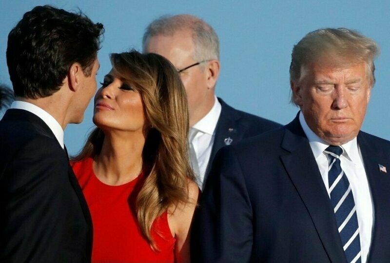 2. Твое лицо, когда жена целует другого
