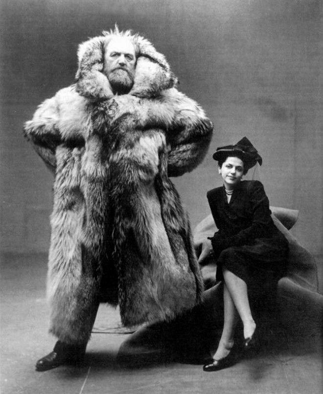 12. Полярный исследователь Петер Фрейхен со своей супругой, 1947 год