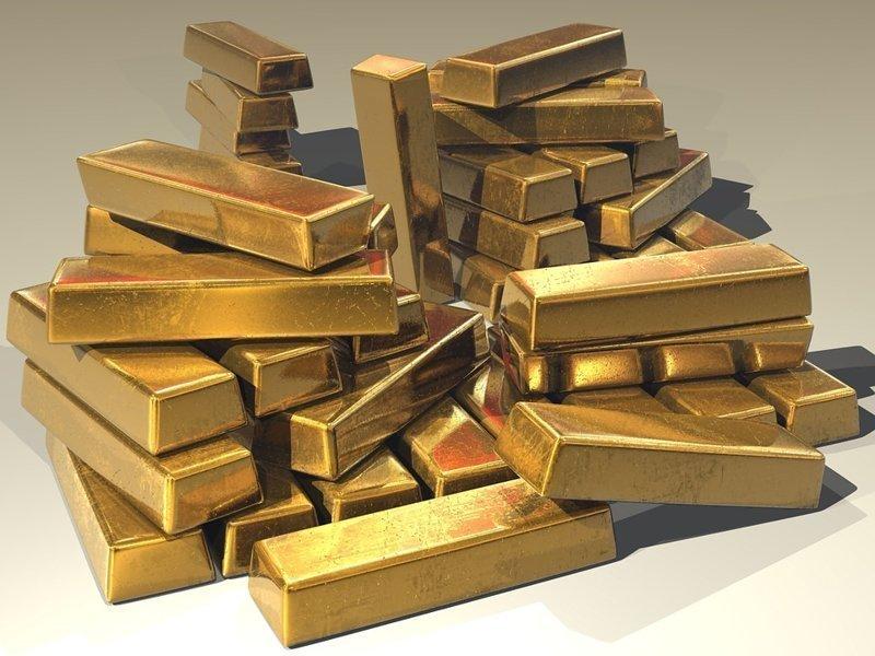 Самый крупный клад в мире обнаружен в 2011 году в подземных хранилищах индуистского храма в городе Тривандрам (штат Керала, Индия). Это несколько тонн золота и золотых украшений на сумму 22 млрд долларов