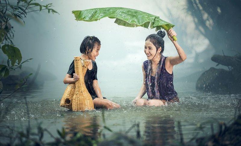2,5 сантиметра — таким слоем воды покроется Земля, если вся влага, содержащаяся в атмосфере в виде пара, прольется дождем