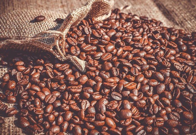 Больше всего кофе пьют не в Бразилии, которая является лидером по производству и экспорту кофе, а в Финляндии (3,4 чашки в день), Швеции (3,3) и Нидерландах (3,1)