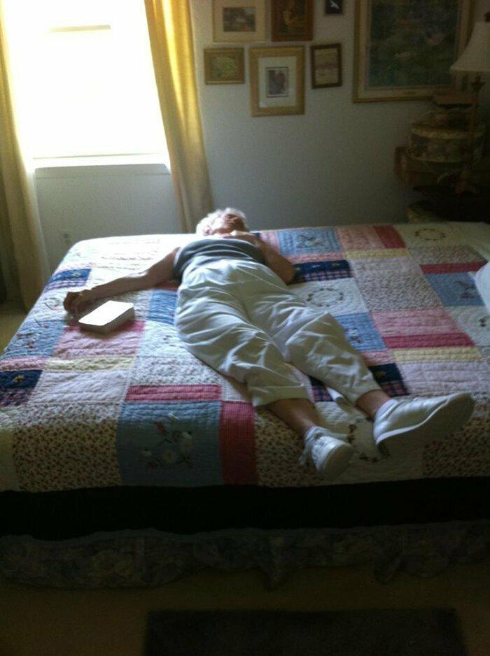 """""""Бабушка легла вздремнуть. Я чуть не умерла от страха"""""""