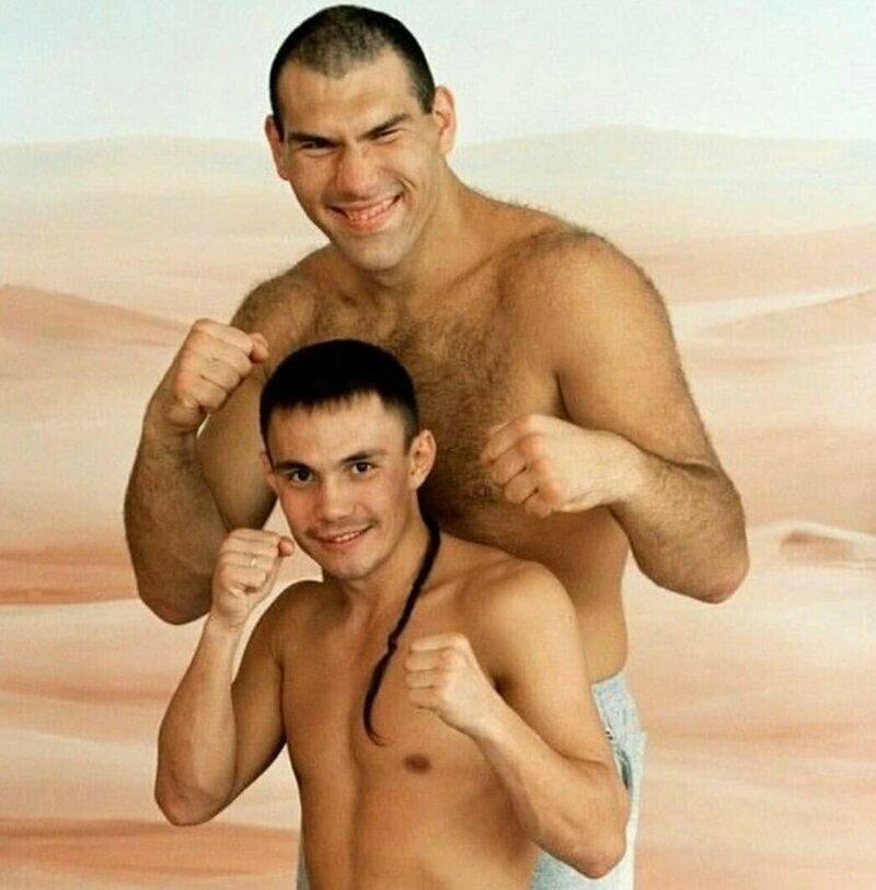 17. Николай Валуев и Костя Дзю в 1990-е