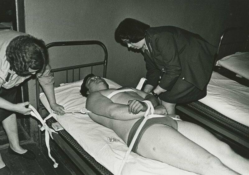 Пациент в вытрезвителе, Череповец, 1980 год