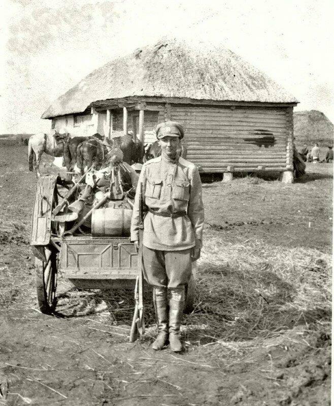 Ефрейтор Маргарита фон Дервиз (Лопухина). 17 гусарский Черниговский полк, 1919г. Погибла под Джанкоем осенью 1920 г.
