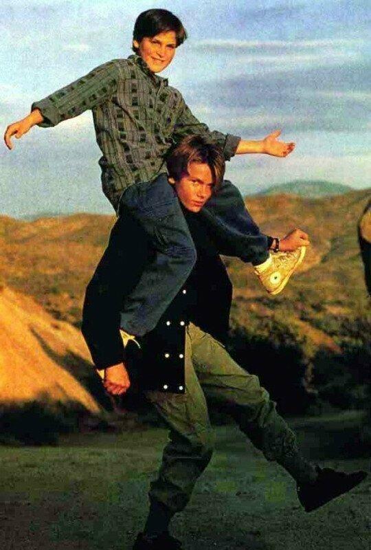 """Хоакин Феникс (""""Джокер"""") на брате Ривере, 1990 год, США"""