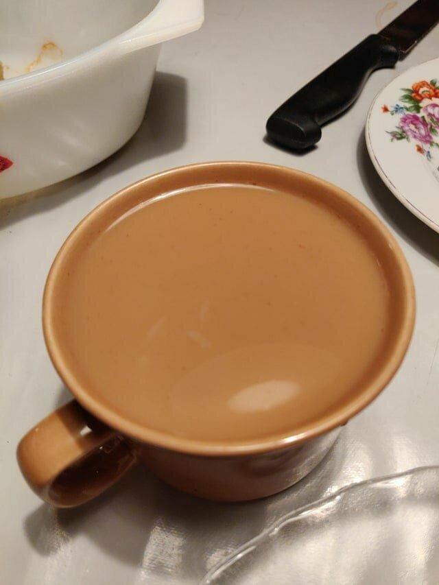 15. Кофе с молоком идеально совпал с цветом кружки