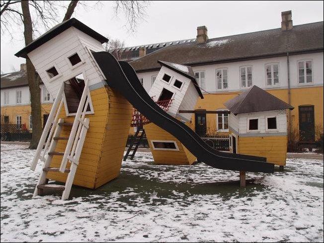 Детские площадки, созданные извращенной фантазией взрослых