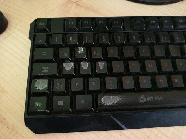 15. Клавиатура спустя 2 года интенсивного использования