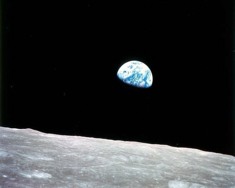 Так выглядит наша планета с Луны. Ничего особо впечатляющего