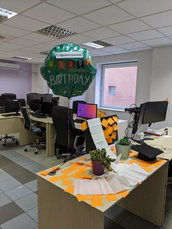 Закулисье: переживания офисного планктона в картинках