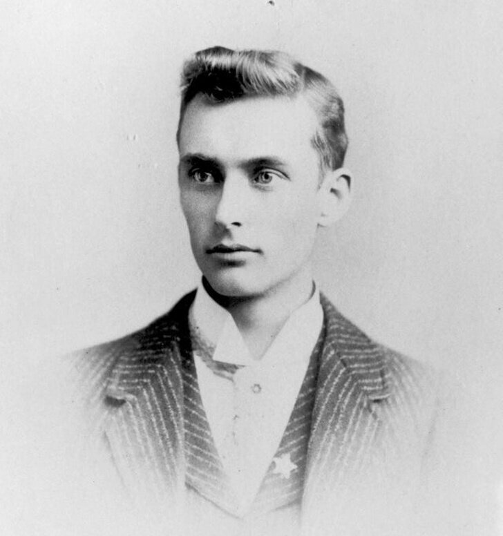 Мужчина, 1900