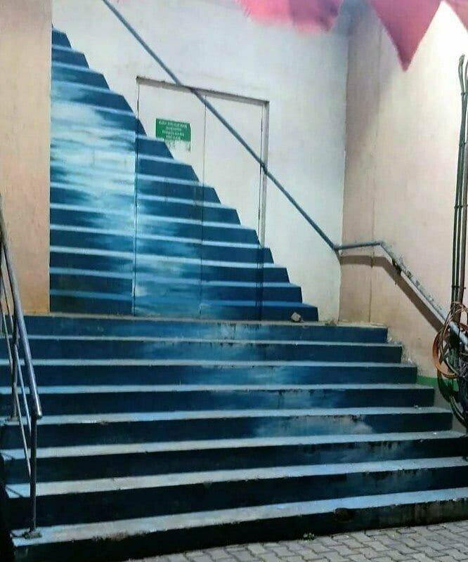 Реалистичность лестницы зашкаливает