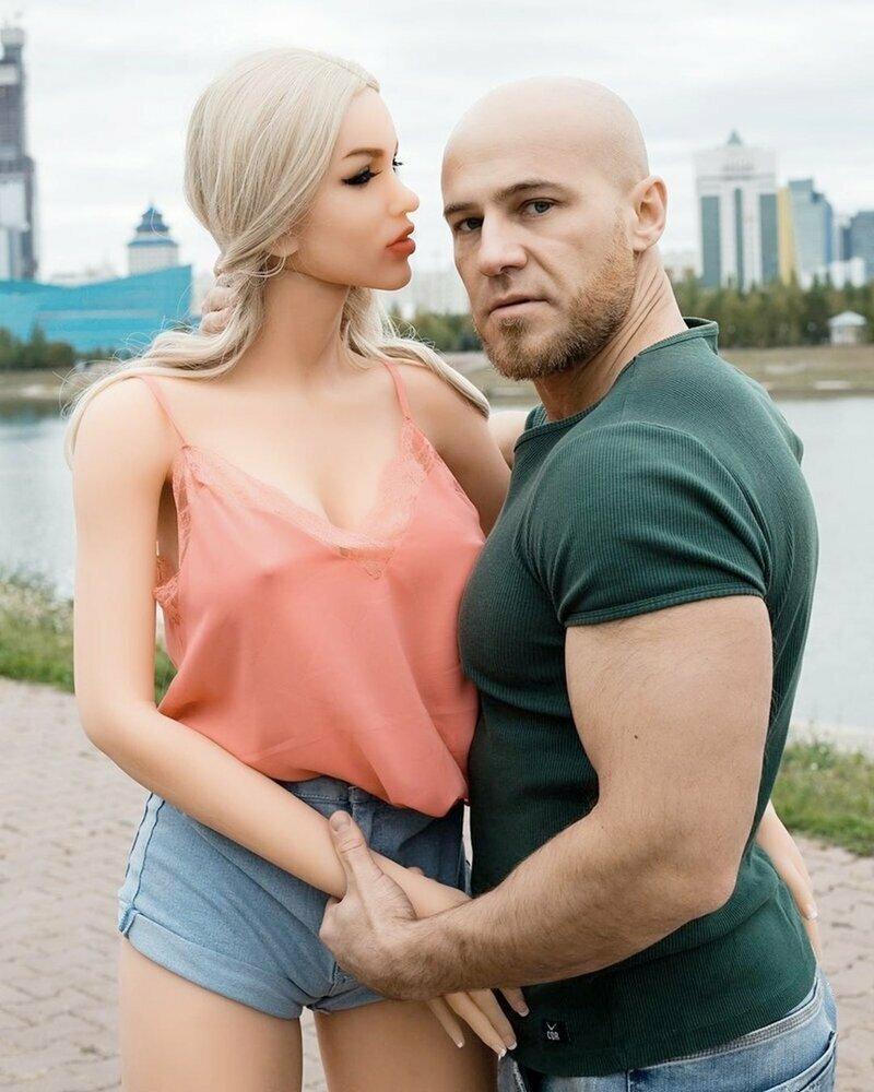Есть случаи, когда мужчина украсит любую женщину, даже если она не совсем и женщина