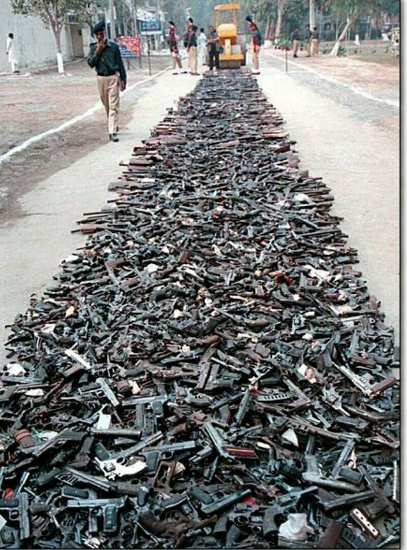 Уничтожение конфискованного оружия