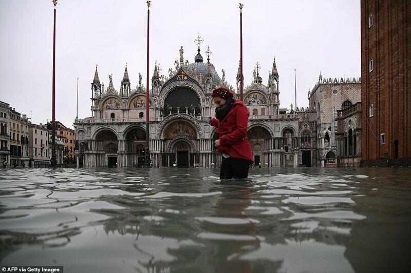 Затопленная площадь Сан-Марко (ноябрь 2019 г.)