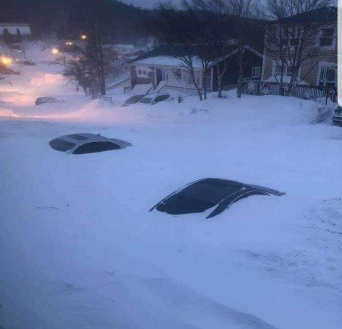 """""""Черт побери... И снег продолжает идти!"""""""