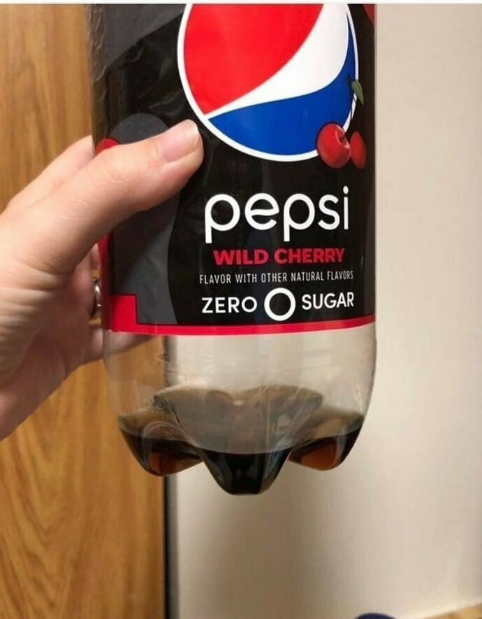 """""""Вот столько пепси оставил мне муж в холодильнике"""""""