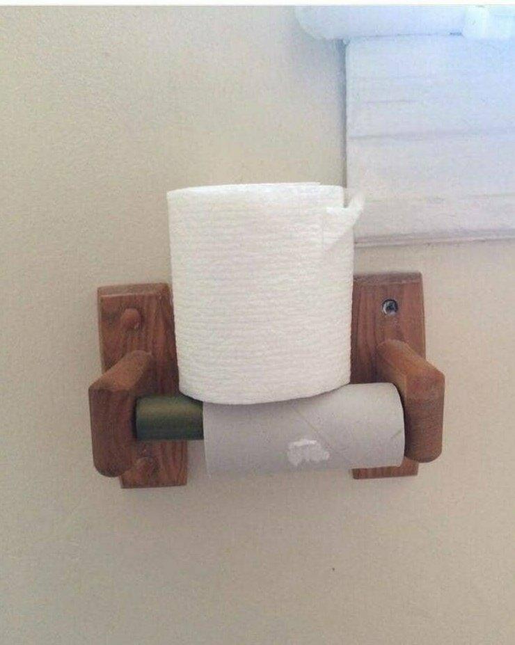 """""""Вот так моя жена меняет туалетную бумагу"""""""