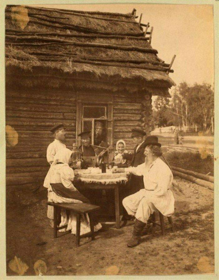Суббота в русской деревне. Крепостное право уже отменено. Российская империя, 1860-е