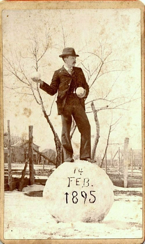«Сфотай, типа я снеговик». Подарок любимой на День Св. Валентина, Лондон, 1895 год