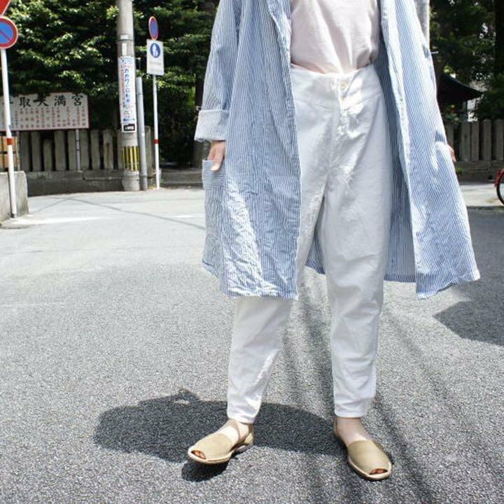 Японские модники начали щеголять на людях в советских кальсонах