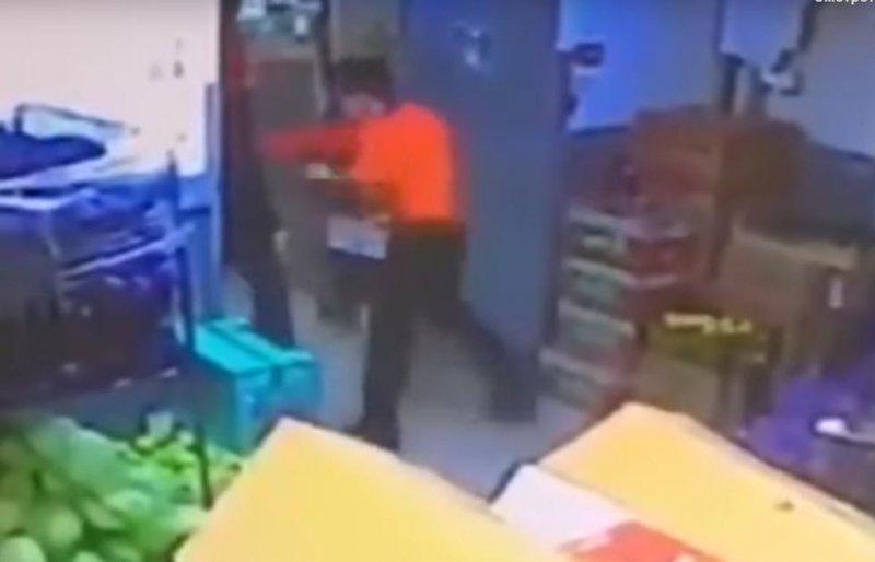Боевой прием: покупателя убили за кражу кофе