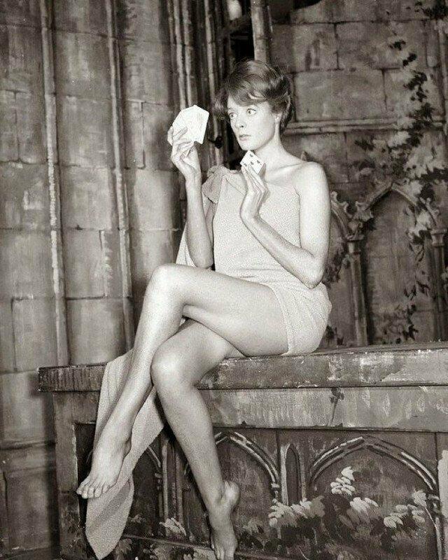 Мэгги Смит, 1960-е годы, Великобритания
