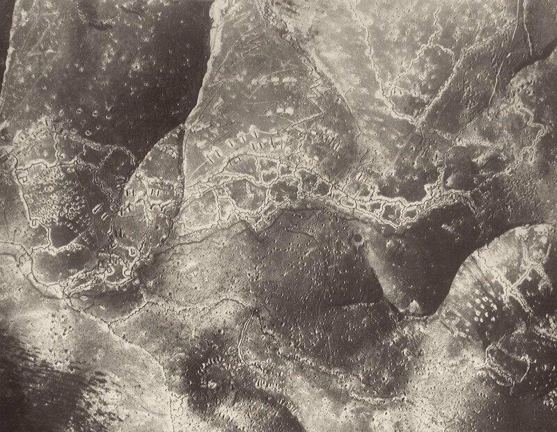 Линии австро-венгерских траншей на Пьяве (итальянский фронт), аэрофотоснимок, сделанный с самолета, WW1, 1918