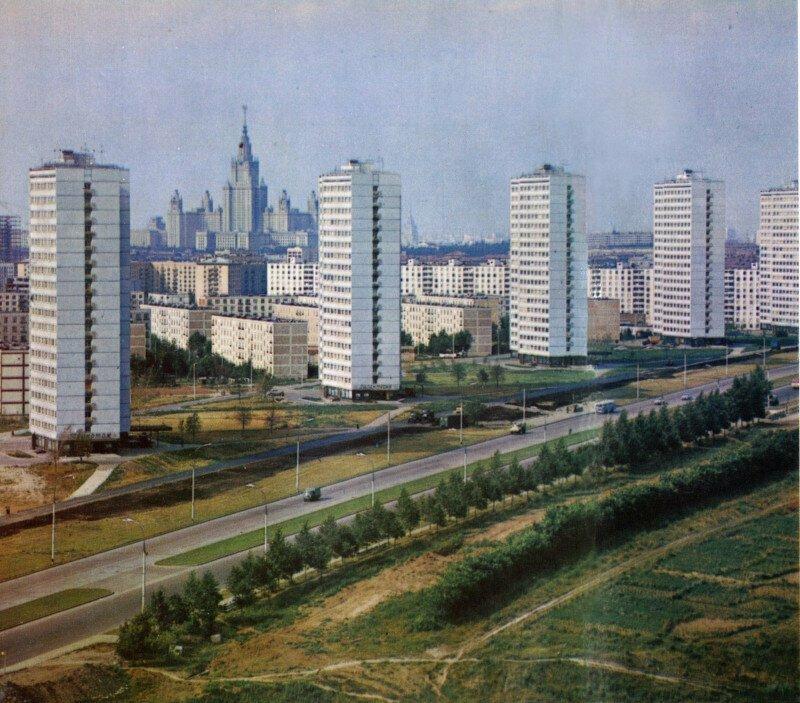 Вид на МГУ с Ленинского проспекта, 1968 год, Москва