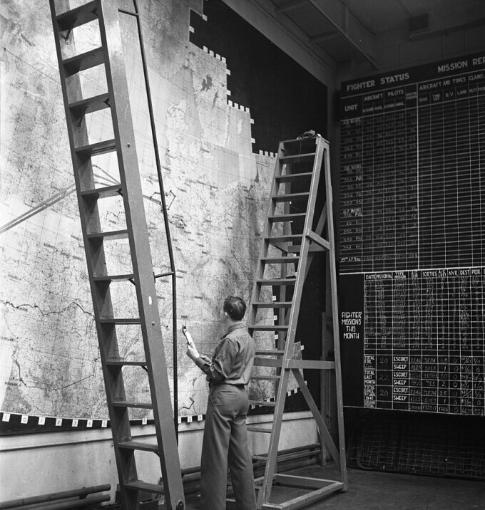 Настенная карта в штабе ВВС США. Англия. Вторая мировая.