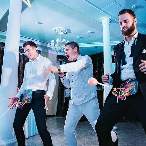 А вы обычно участвуете в свадебных конкурсах?