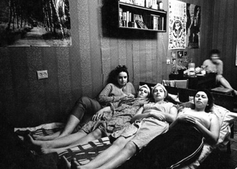 Советские общежития для женщин
