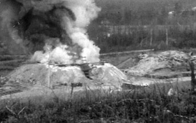 Фейхт близ Нюрнберга - централизованный объект для уничтожения химического оружия путем сожжения. На нем работали пленные немцы, многие их которых умерли от отравления