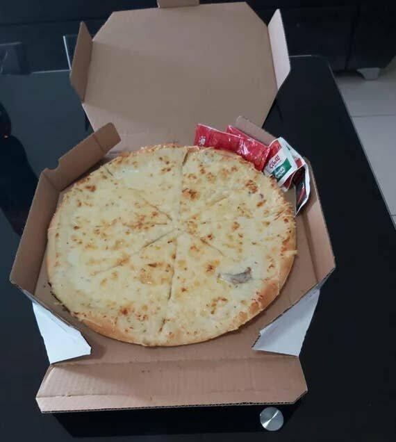 Пицца с одним-единственным кусочком гриба