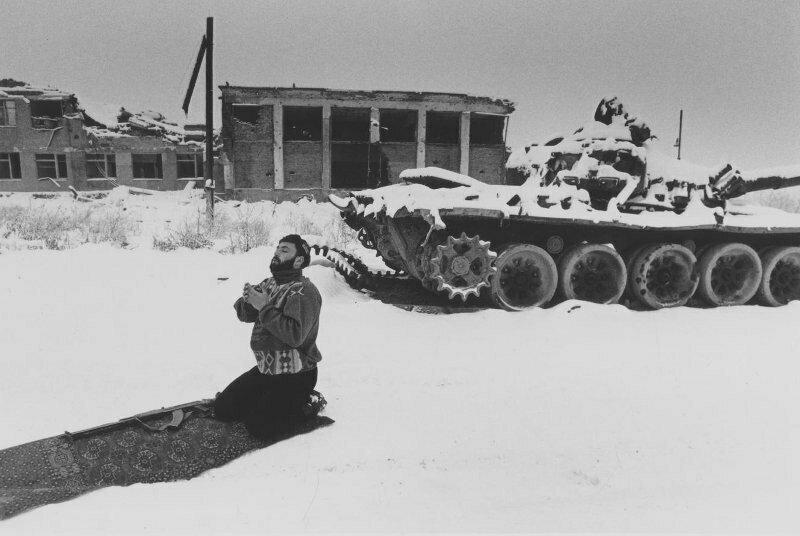 """""""Намаз боевика"""". 1996 год"""