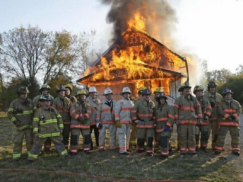 Пусть дом сгорел, но закон соблюден!