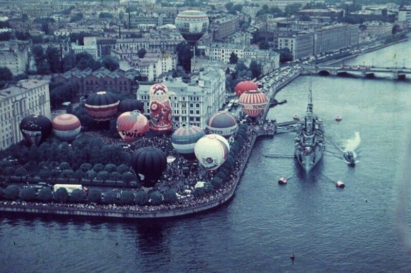 Фестиваль воздушных шаров, который проходил в Ленинграде в 1990 год