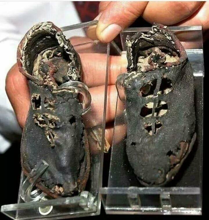 Детские сандалии, найденные в Пальмире. Им уже 1900 лет.