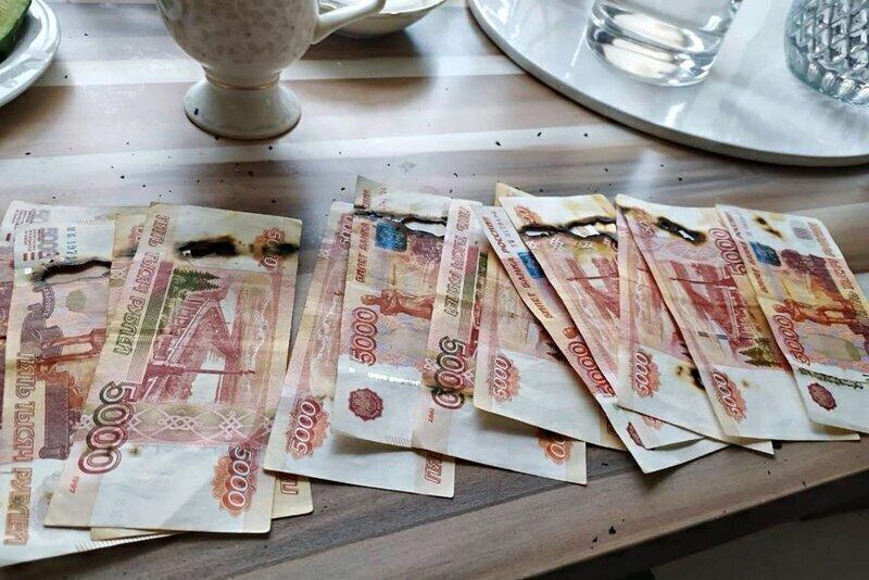 Что стало с крупными банкнотами после дезинфекции в микроволновке